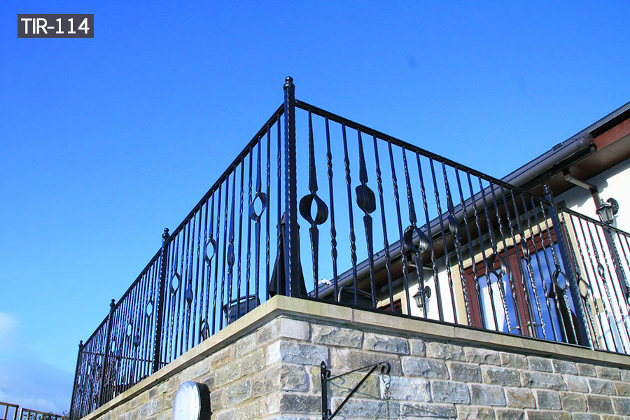 Wrought iron juliette balcony railing for sale