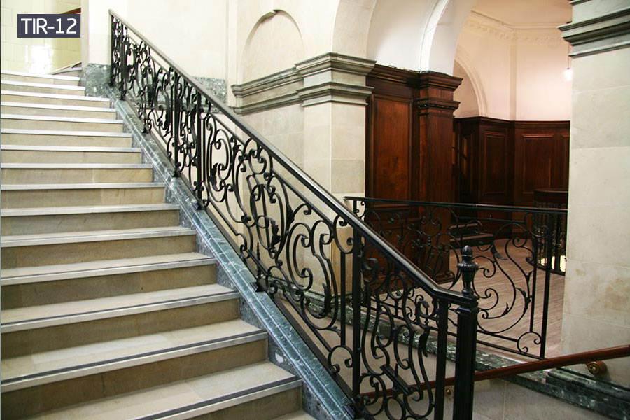Rod iron staircase railing house decoration