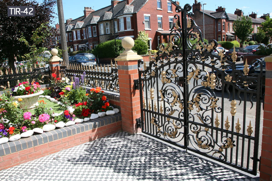Outside 4 foot metal decorative gate for sale