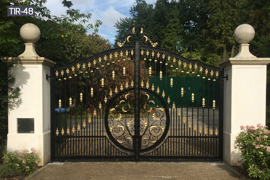 Solid driveway entrance main gates for sale
