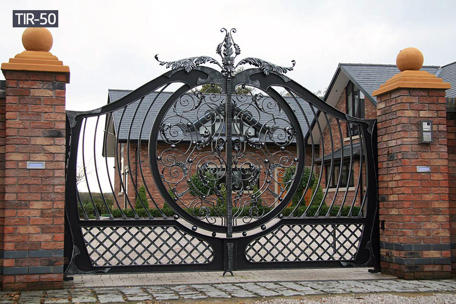 Solid decorative metal steel main gates for outdoors