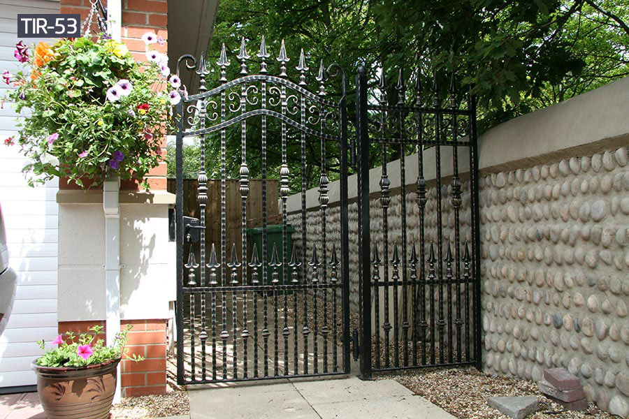 Wrought iron metal garden double gates for sale