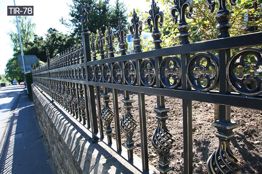 Black wrought iron fence panelsoutside decor