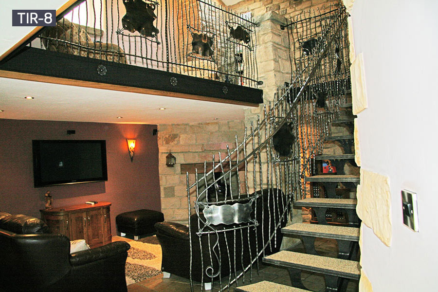 Contemporary open wrought iron staircase for home decoration