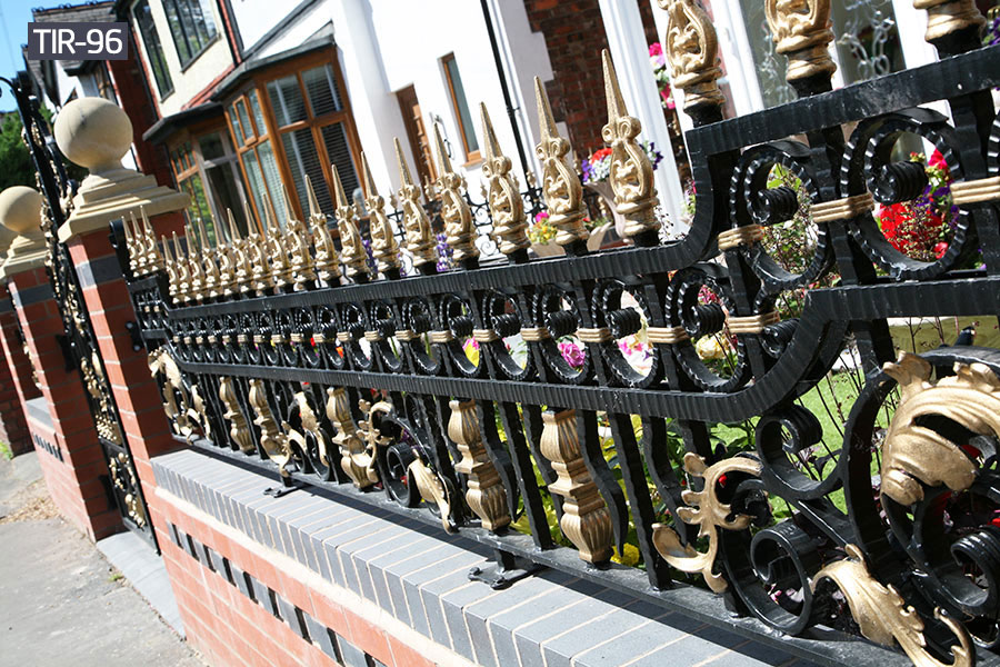 Yard decorative wrought iron fence price