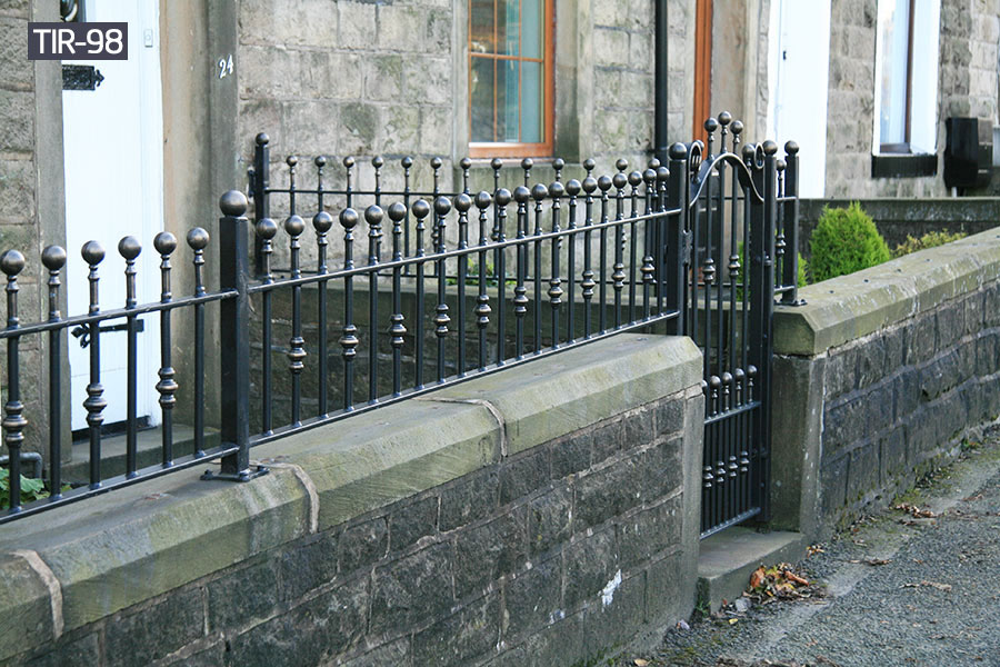 Buy wrought iron fence gate for outside yard